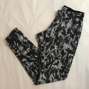Retro print Nike leggings M